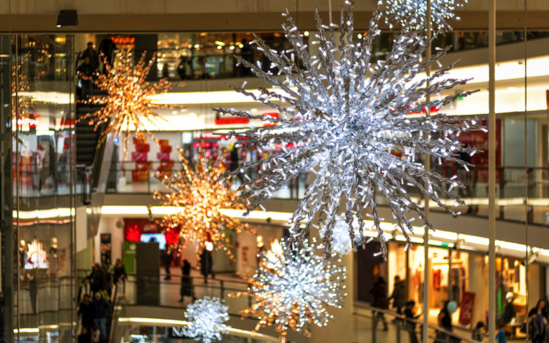 U.S. Retail Sales Outpace Forecast, Bringing Glad Tidings for Holiday 2017