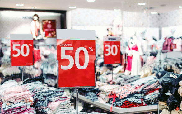 sale-signs-at-a-clothing-store