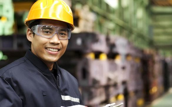 warehouse-employee-with-hardhat